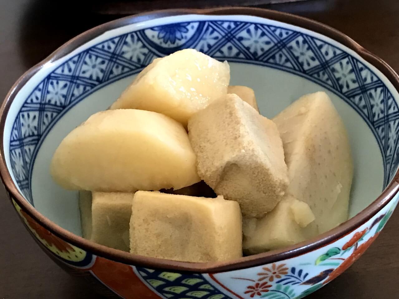 里芋と高野豆腐の煮物