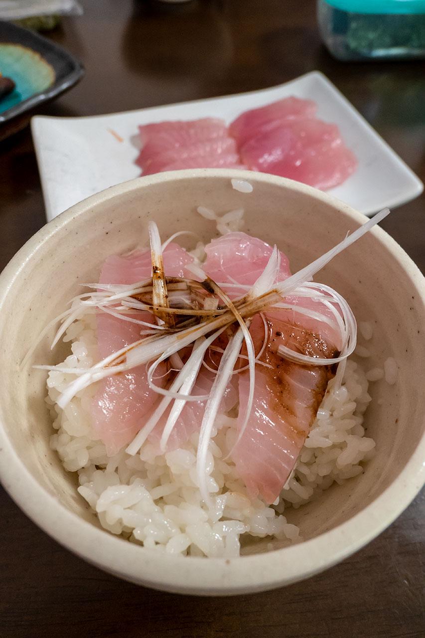 漁師めし風海鮮丼