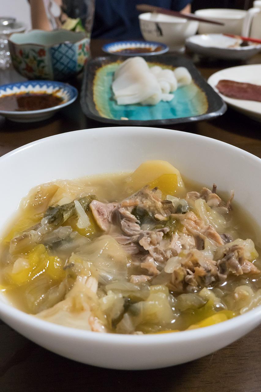 【離乳食OK】鶏もも肉とキャベツの和風煮込み