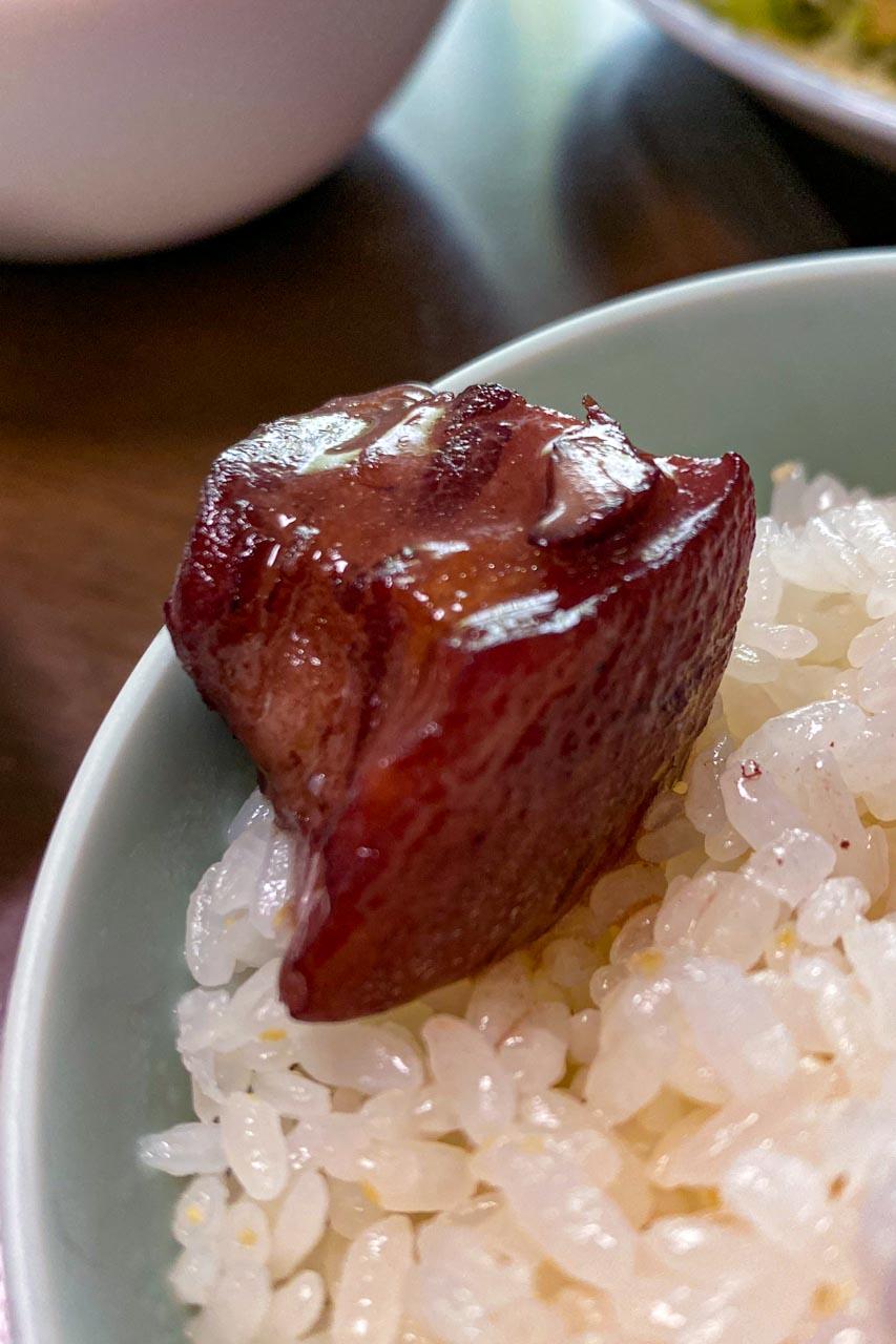 豚テビチの赤ワイン煮